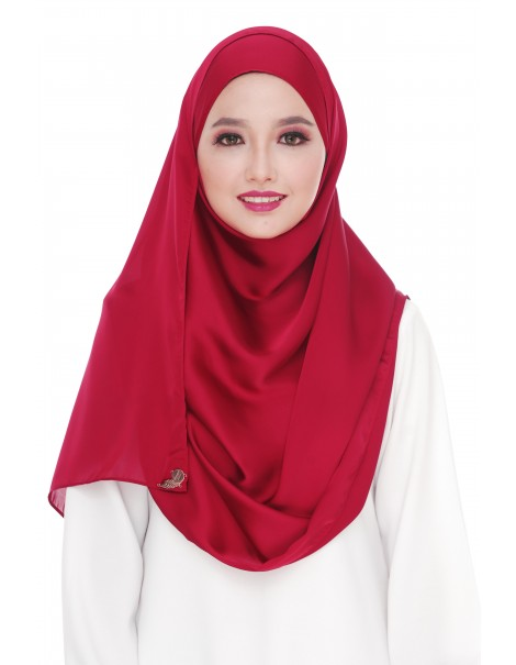 Lamia Collection in Deep Claret
